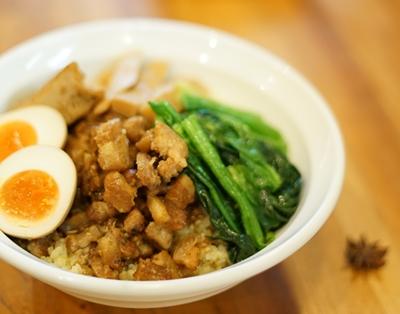 滷肉飯(魯肉飯、ルーローファン)