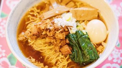 滷肉麺(ルーローメン)